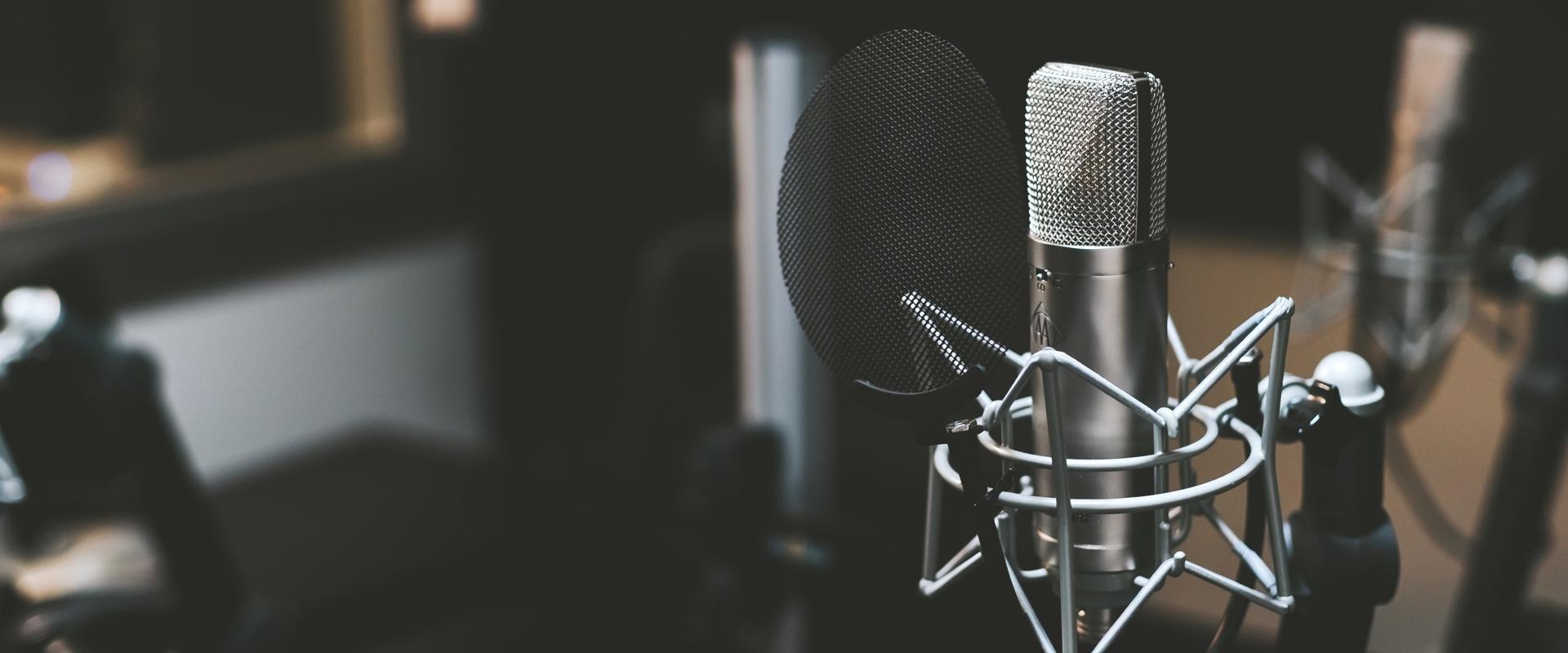 Microphone-studio-podcast
